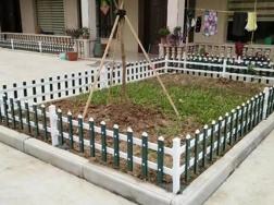安远锌钢草坪护栏