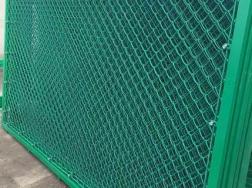 龙南铁丝网护栏